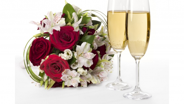 roses_lilies_flowers_bouquets_glasses_champagne_30823_602x339