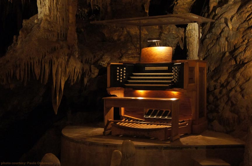 The Great Stalacpipe Organ in Luray Caverns